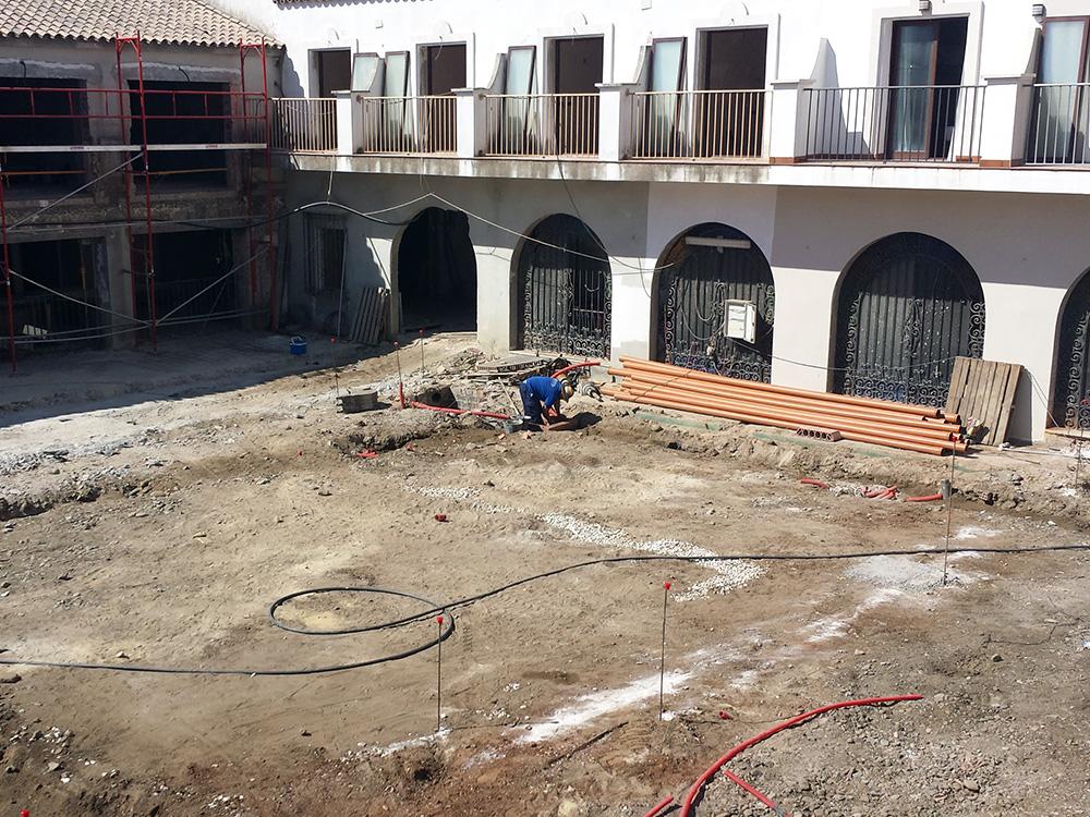 Arquetas saneamiento Hotel Alcotán